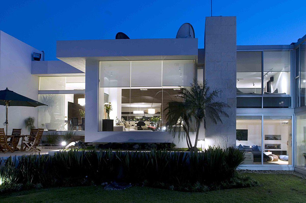 Casa sauces arco arquitectura contempor nea archinect for Arquitectura contemporanea casas