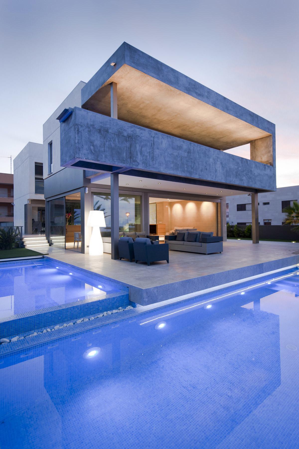 Residence on the Mediterranean Coast by Manuel Herrera Ros estudio MUHER