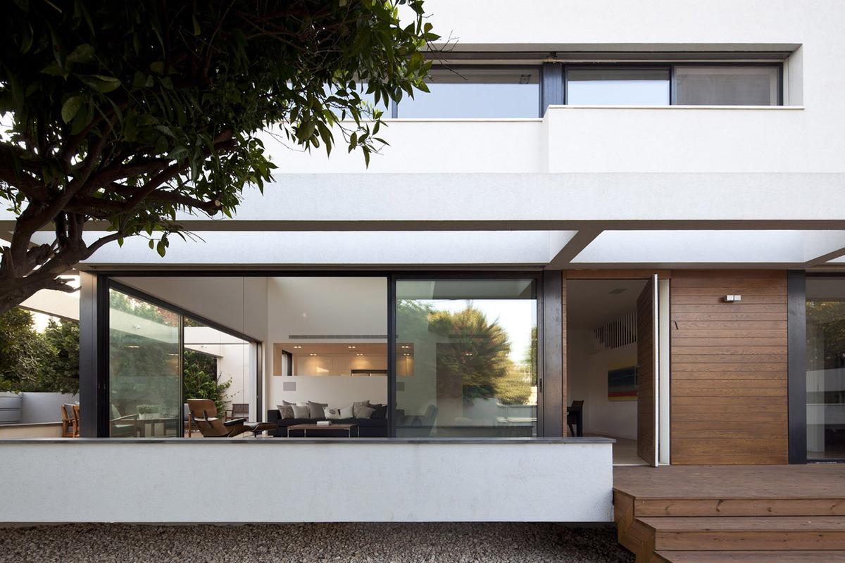 G house contemporary mediterranean villa pazgersh for Mediterranean villa architecture