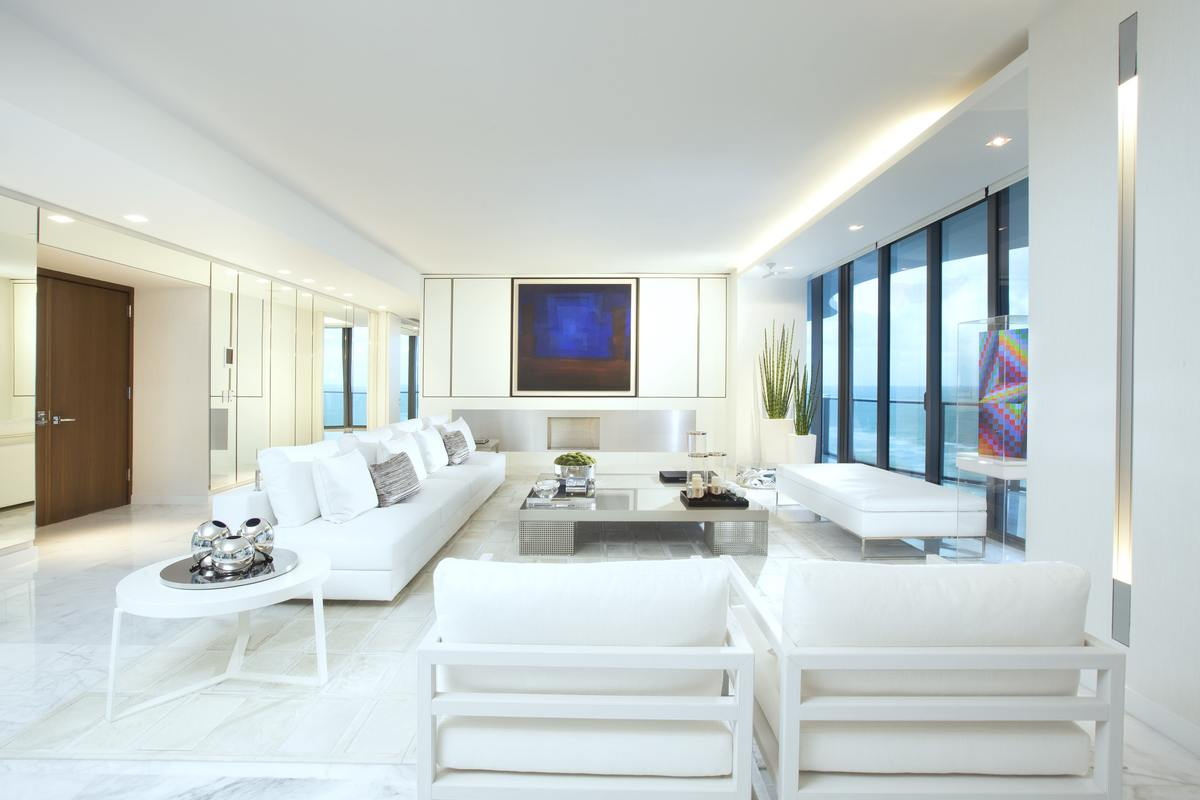 Miami modern at regalia britto charette interior design for Residential decorating