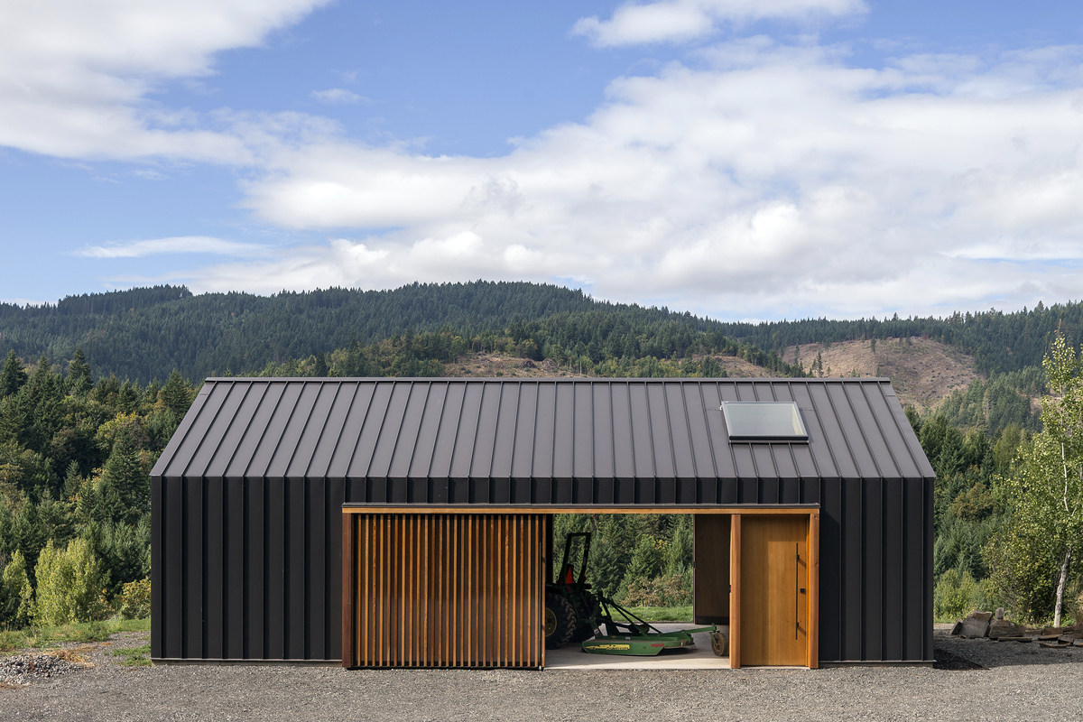 ^ lk Valley ractor Shed FILDWOK Design & rchitecture rchinect