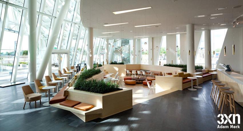 Lobby view (Photo: Adam Mørk)