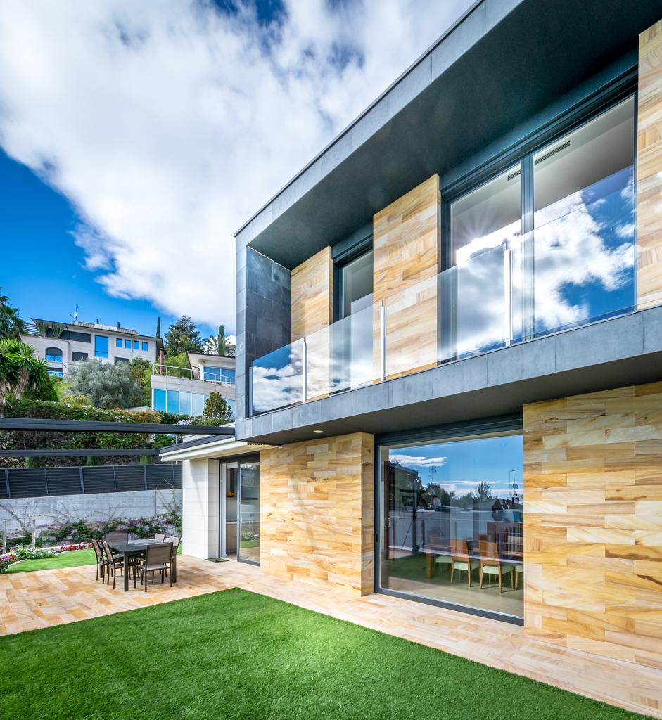 Kitchen terrace - E House