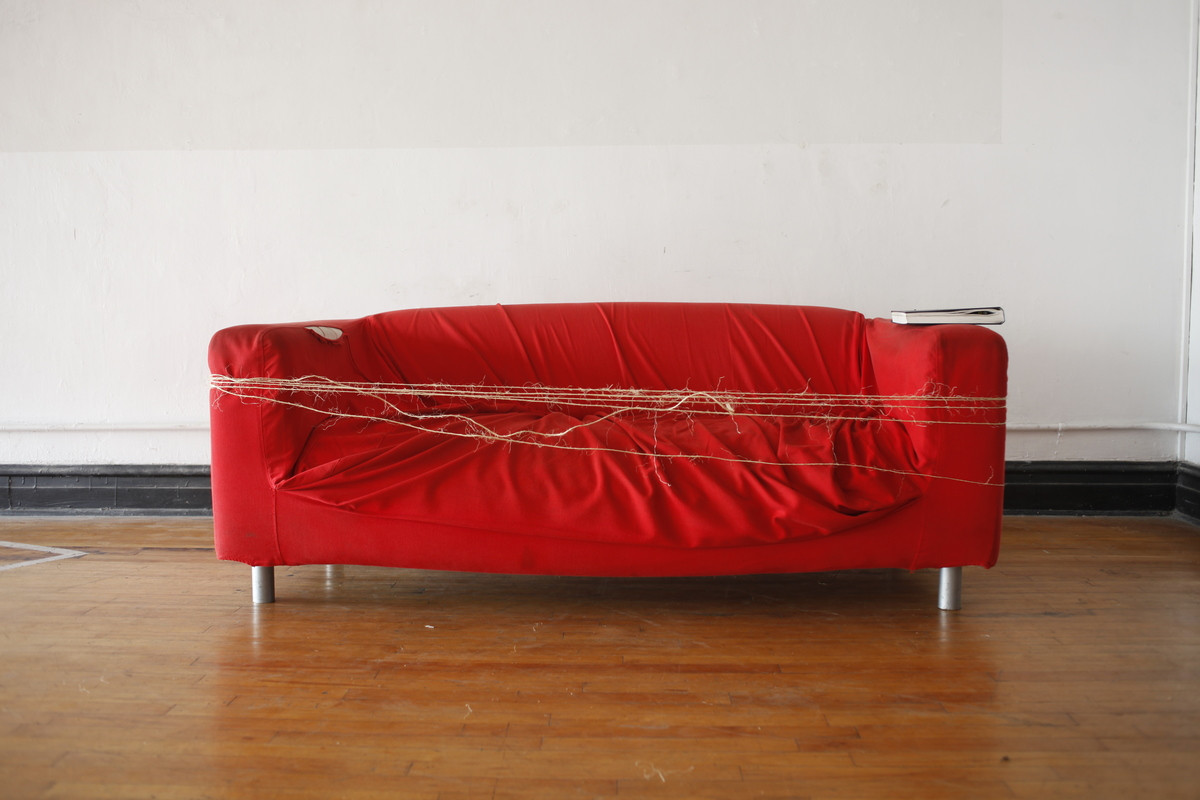 The Red Couch Scores high with a ratio of 5:1. It can be wrapped five times with with a twine as long as the house. Which somehow makes it a winner.