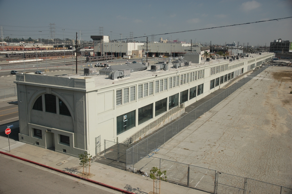 Downtown Los Angeles >> SCI-Arc Buys Its Downtown Los Angeles Campus | Gallery | Archinect