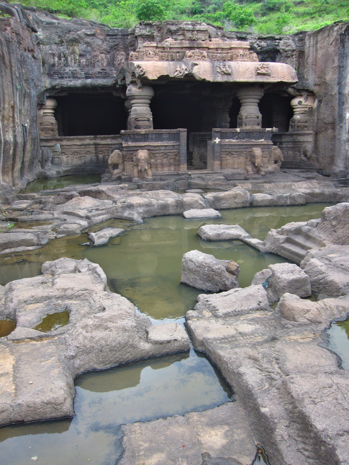 The Jain temple number 31s unfinished courtyard