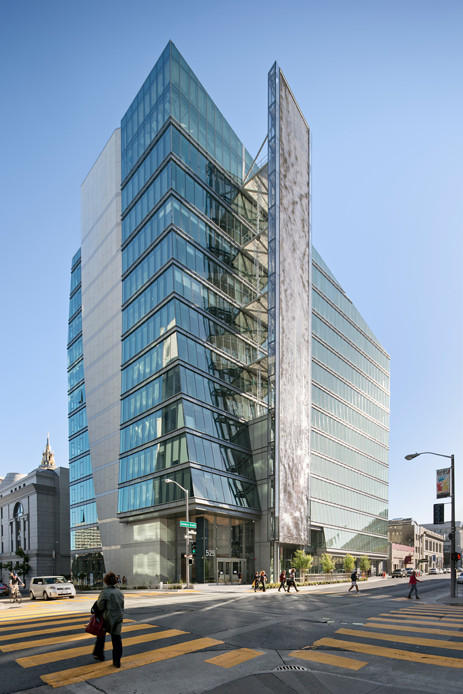 San Francisco Public Utilities Commission Headquarters (SFPUC); San Francisco, CA by Joint Venture: KMD Architects w/ Stevens & Associates (Photo: Bruce Damonte)