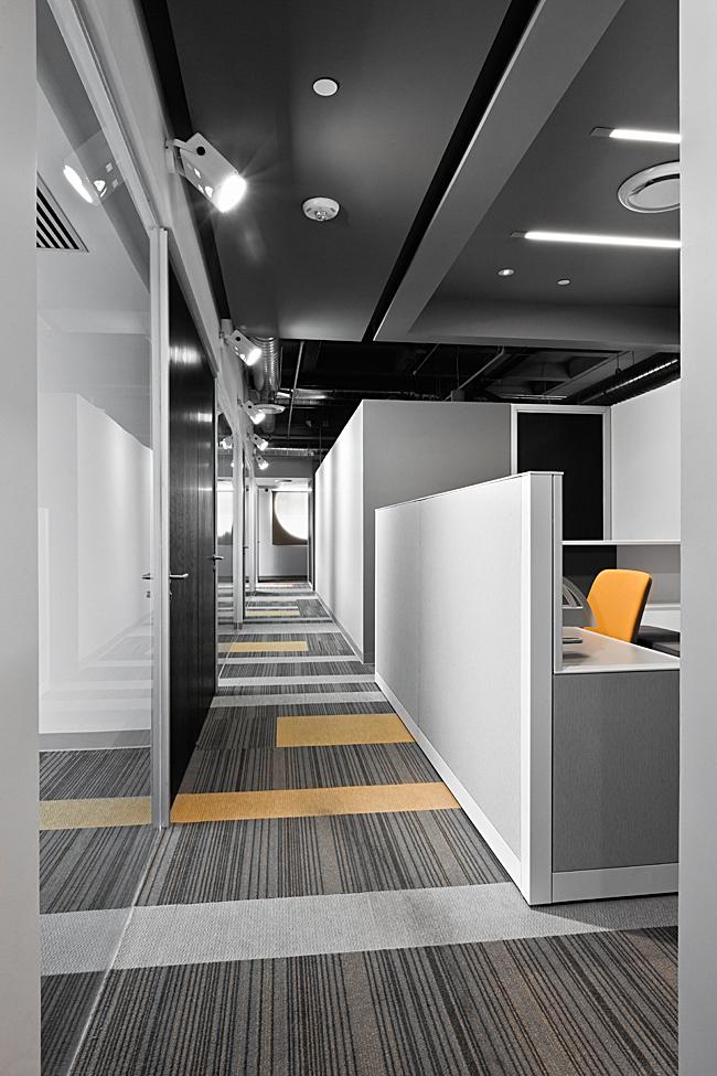 Corridor Design Color: Usoarquitectura