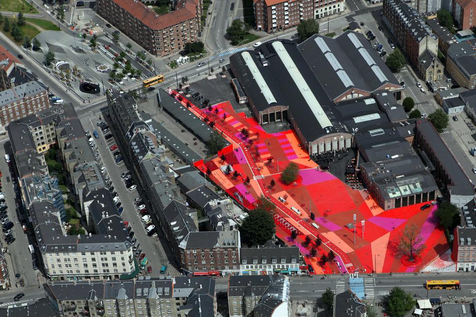 Superkilen, Copenhagen, Denmark; BIG Bjarke Ingels Group; Topotek1; Superflex (Photo: Superflex)