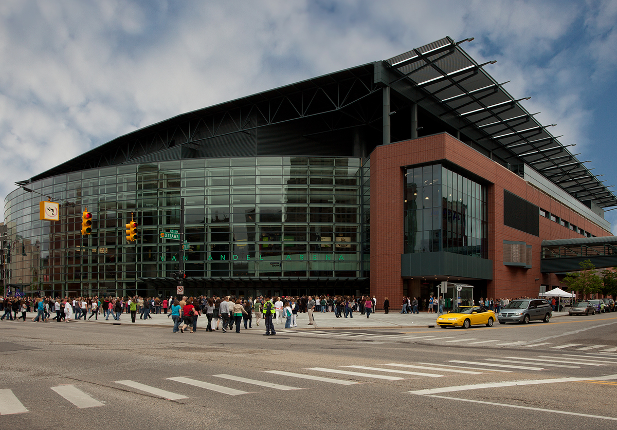 Van andel arena rossetti archinect for Architects grand rapids mi