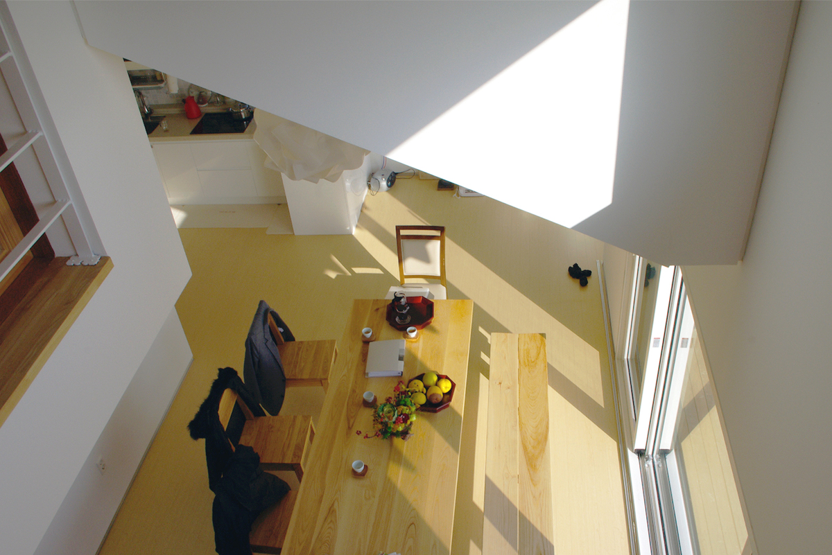 Photo 23 - living room (view from bridge)