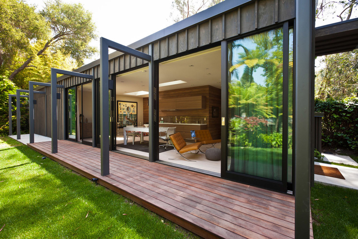 Residence in Santa Monica, CA by JENDRETZKI LLC