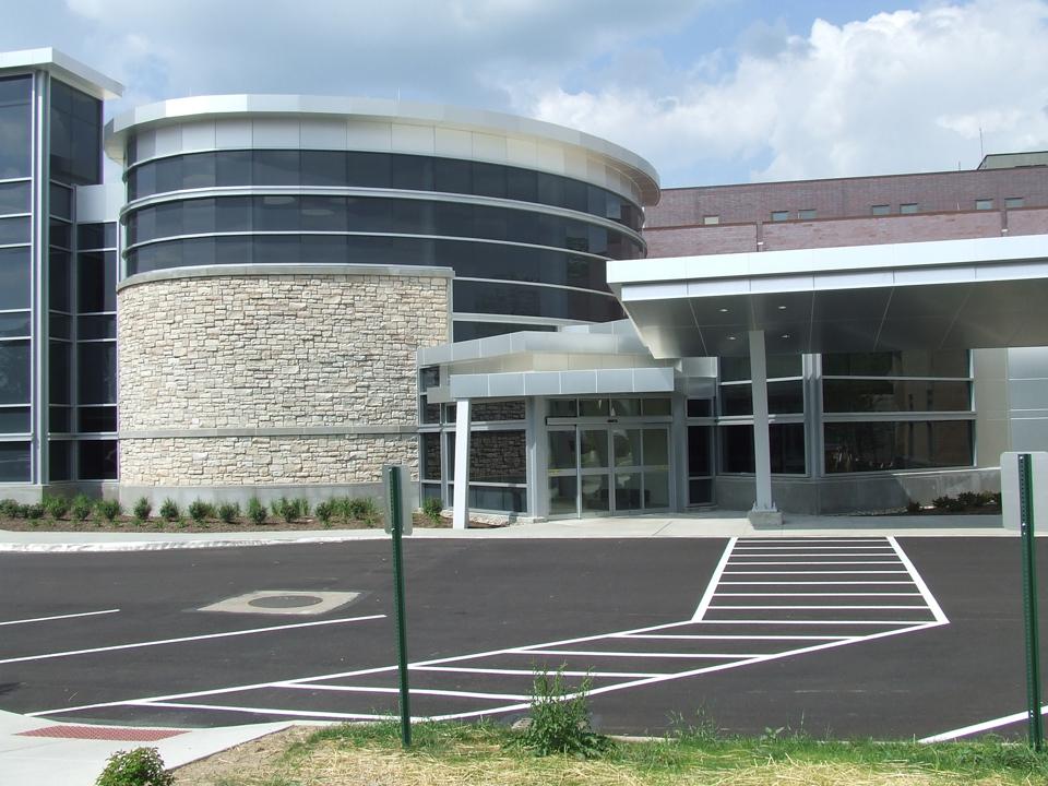 Exterior 1 - New Outpatient Entrance