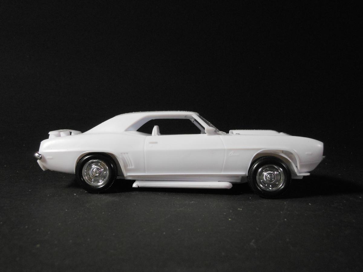 Actual 1/24 Model Car