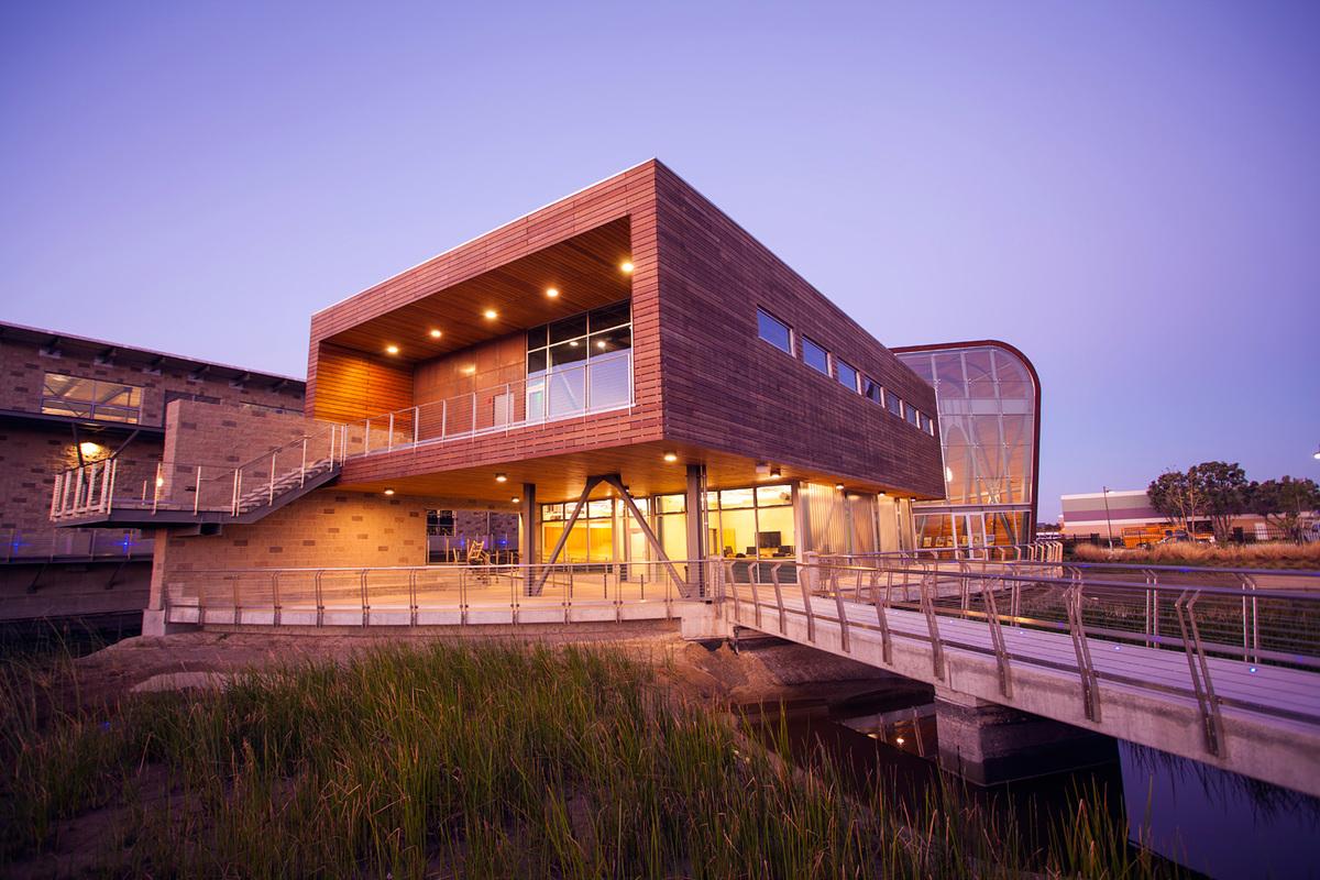 Regional Winner: Advanced Water Purification Facility in Oxnard, CA. Architect – Mainstreet Architects + Planners Inc. Photo © Michael E. Cabezas