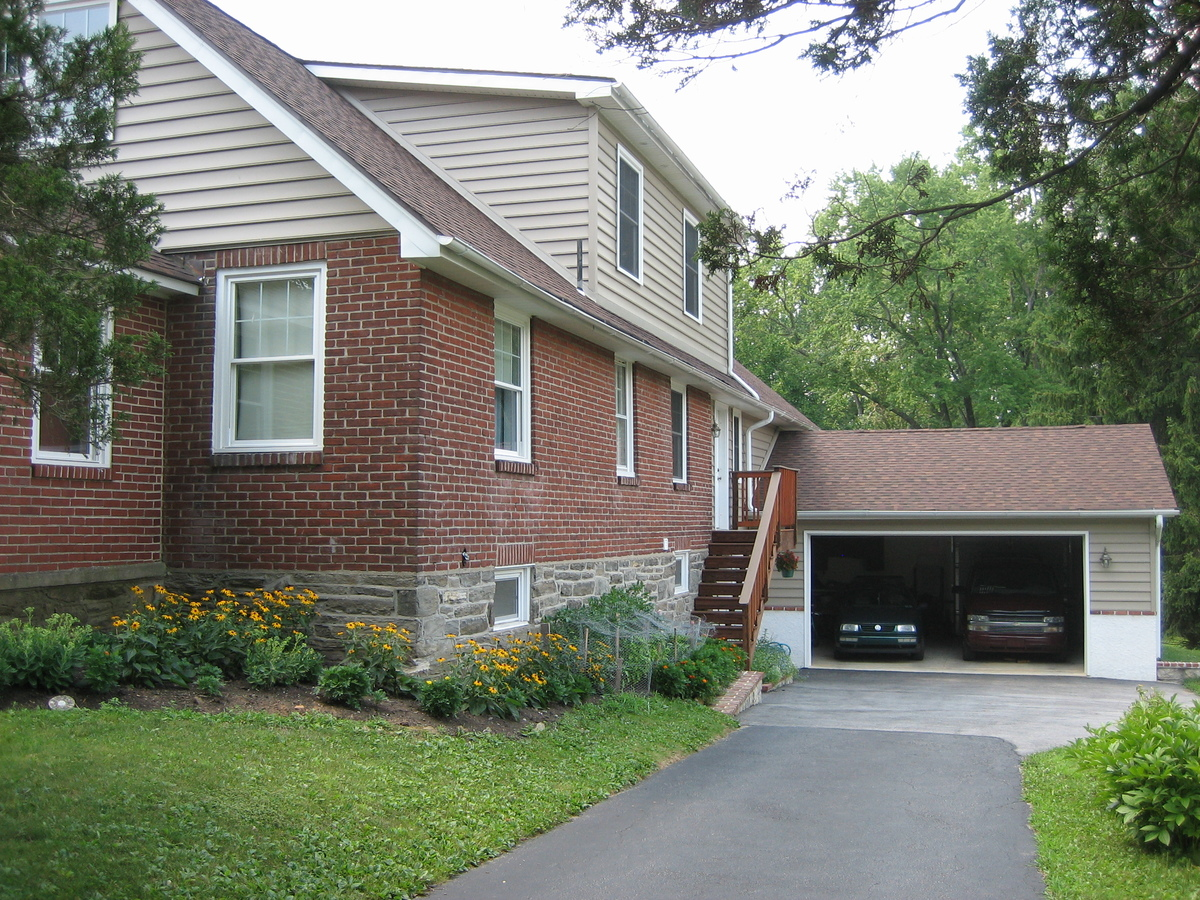 Garage Side Elevation