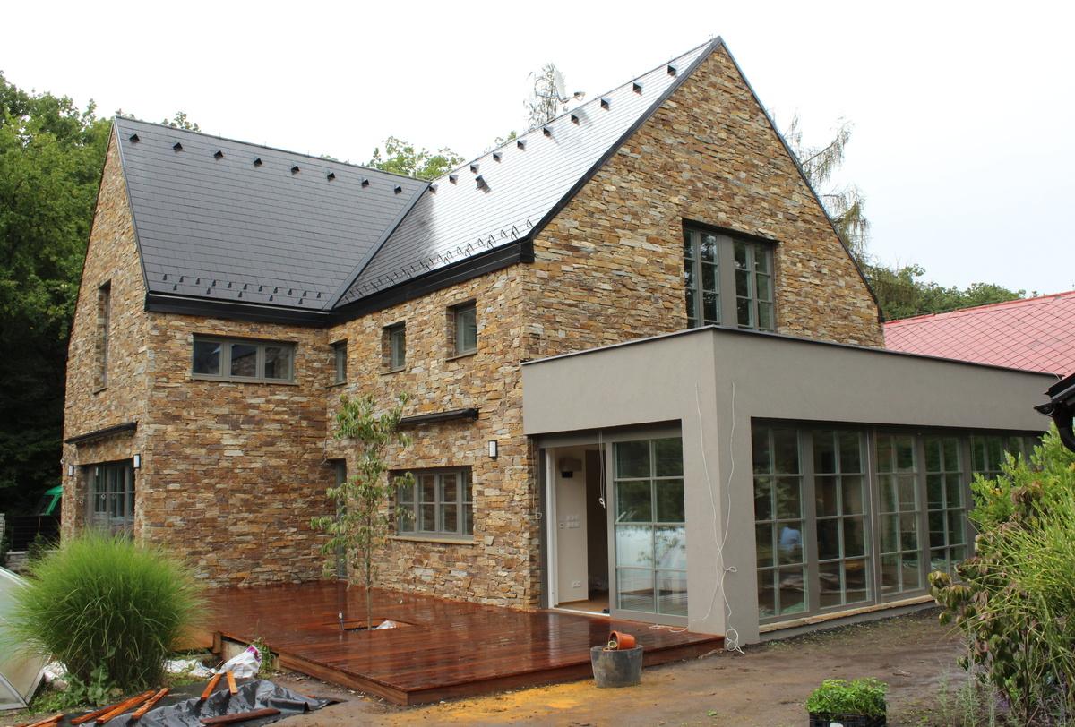 Single Family House Ujezd Reconstruction Miroslav