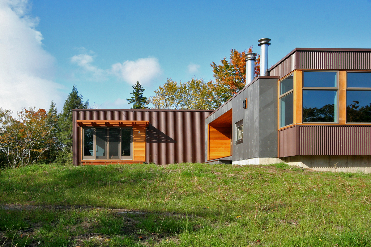 Vermont cabin resolution 4 architecture archinect for Modern steel house