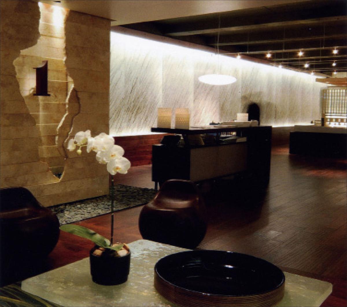 1 Hotel & Residences