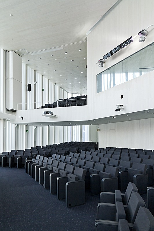 Auditorium 01