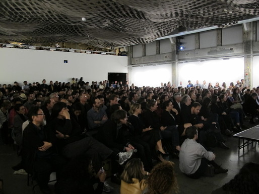 The crowd at Frank Gehry's guest lecture at SCI-Arc. Photo by Scott Kepford.