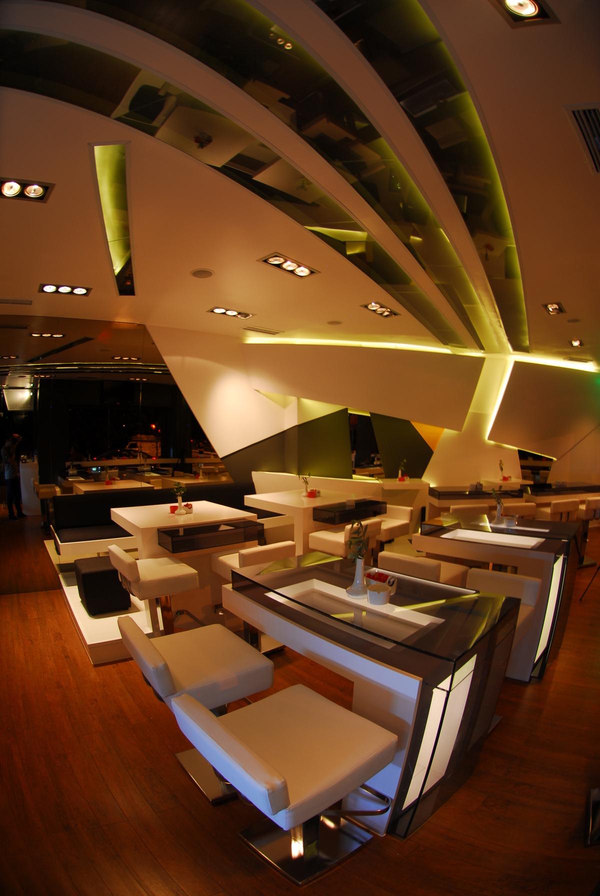 Cafe Diverso, Trikala Greece