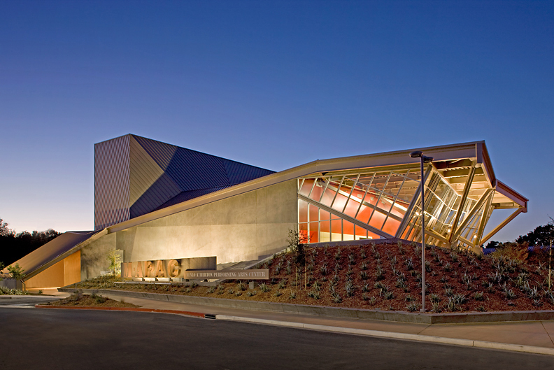 Menlo atherton performing arts center hodgetts fung for National centre for the performing arts architecture