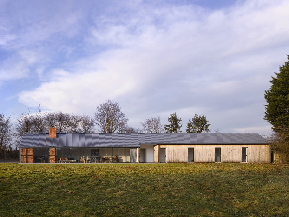 Stable Acre. Photo © David Kohn Architects.