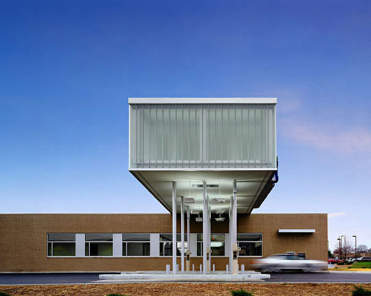 Deborah Berke Partners: Irwin Union Bank, Columbus, Indiana, 2006