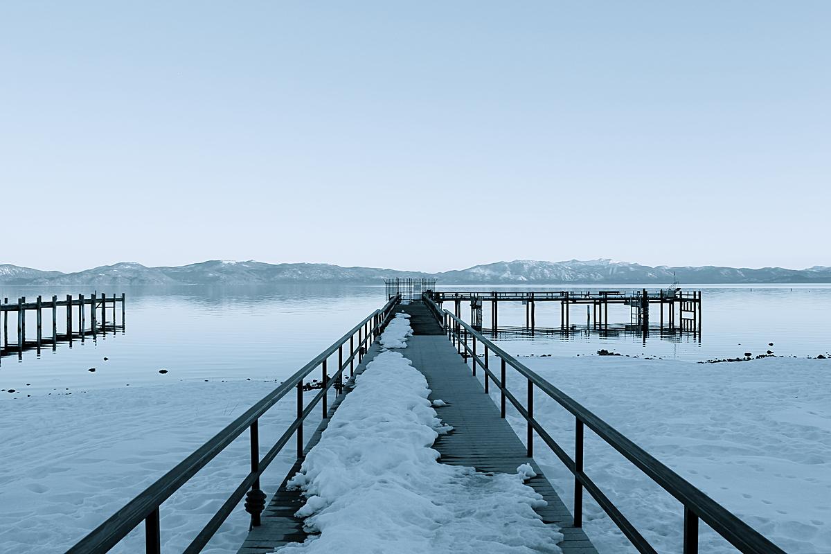 Wintery docks