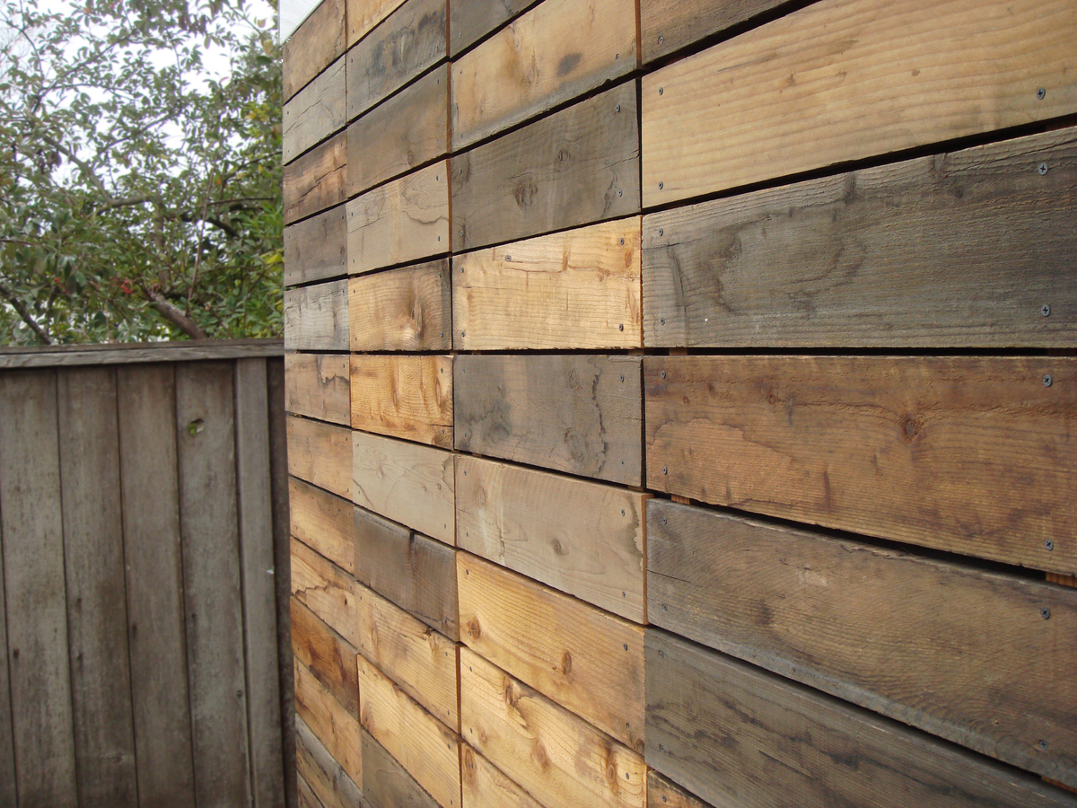 Petaluma shed joseph sandy archinect for Recycled wood siding