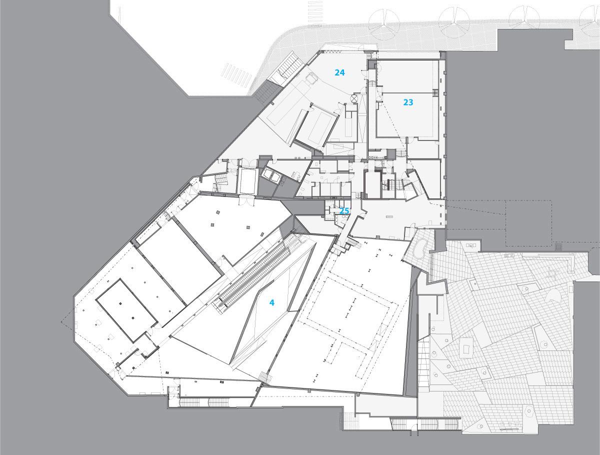 PL-2: 23 classrooms, 24 loading dock, 25 preparation kitchen