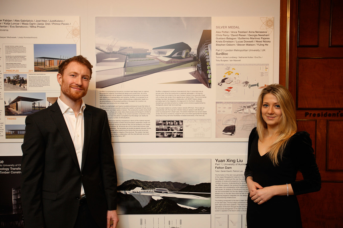 David Rieser and Anna Nenaseva receiving the Silver Medal (best post-graduate design work) for their team and the work Sunbloc