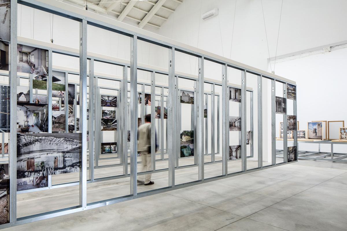 Spains Unfinished pavilion. Photo by Francesco Galli, courtesy of La Biennale di Venezia.