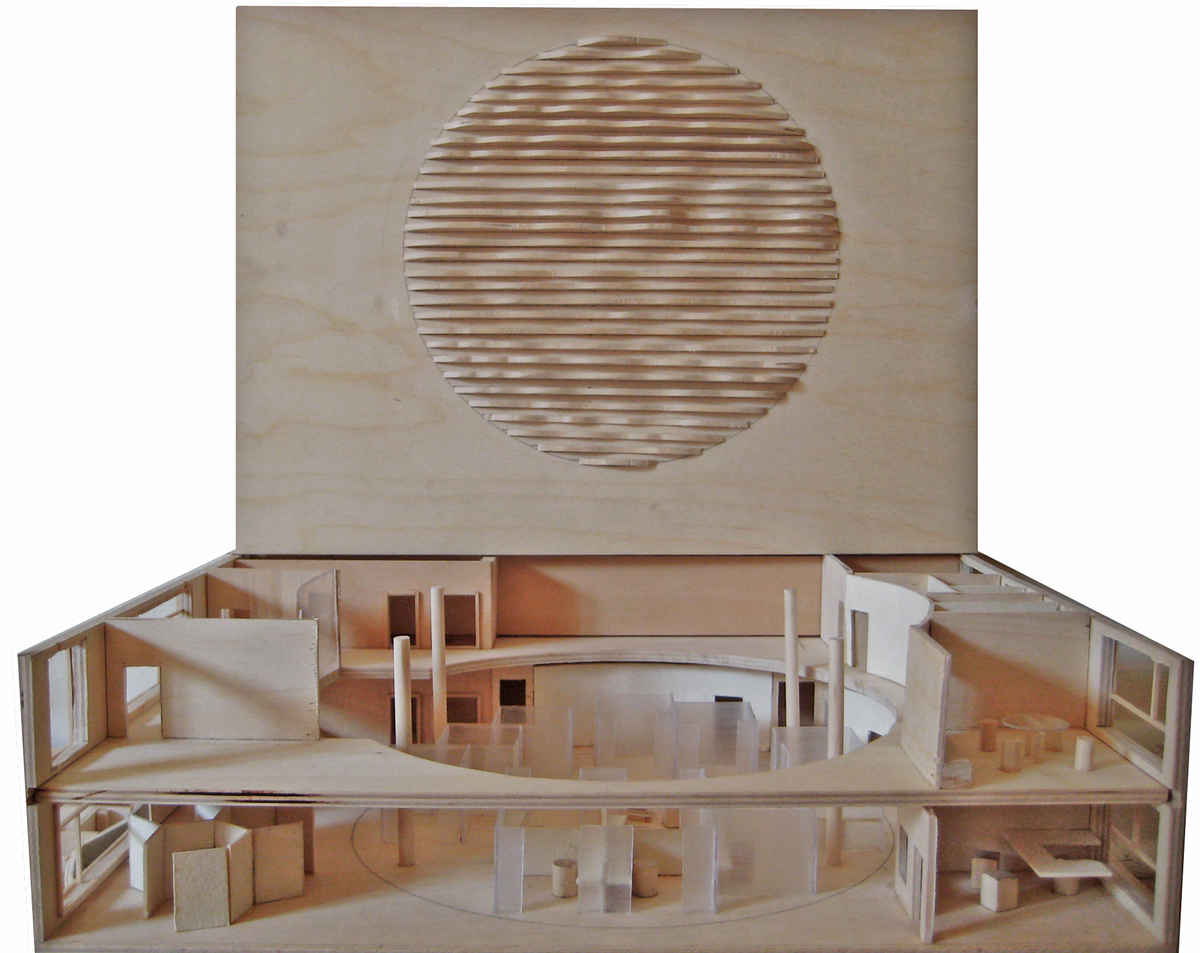 Final wood model with the detail of the ceiling