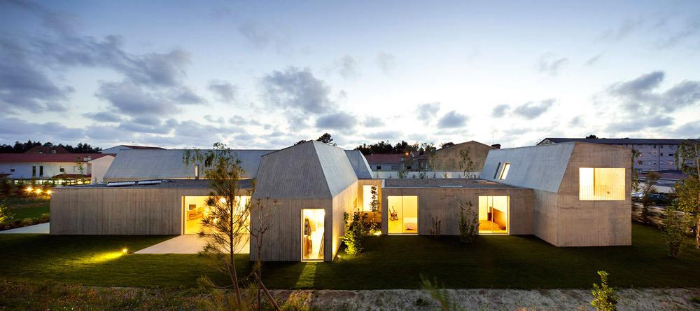 House in Ovar Exterior (Photo- Nelson Garrido)