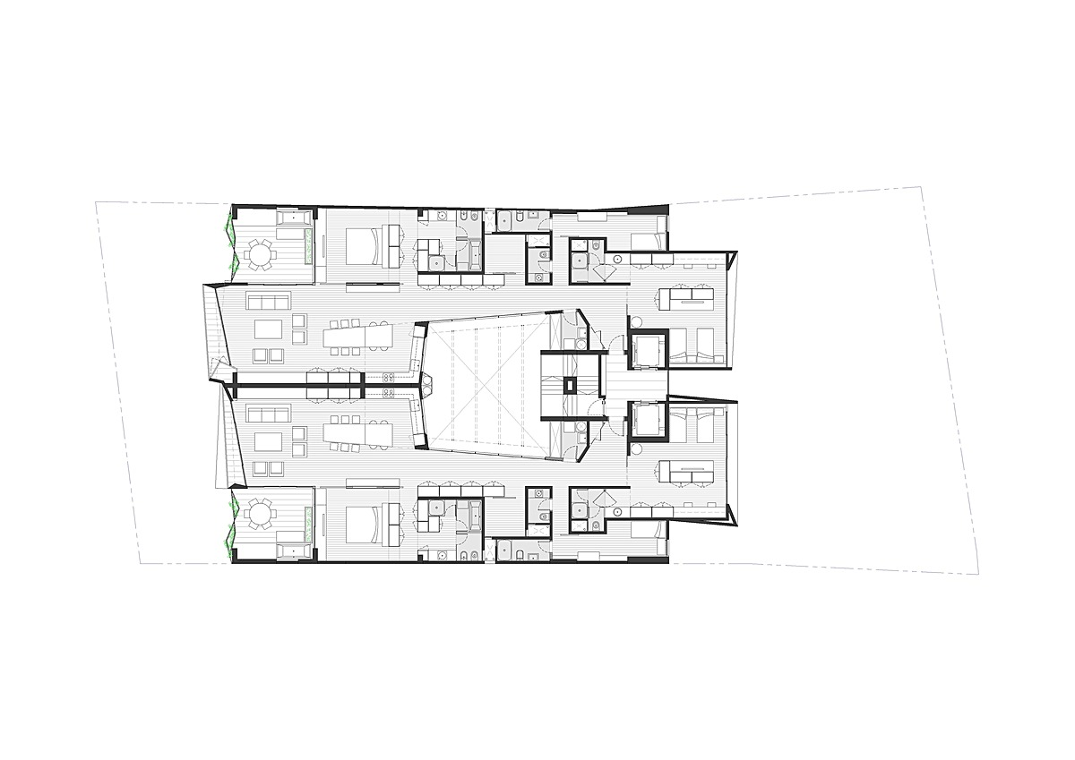 Typical Floor (19 floors)