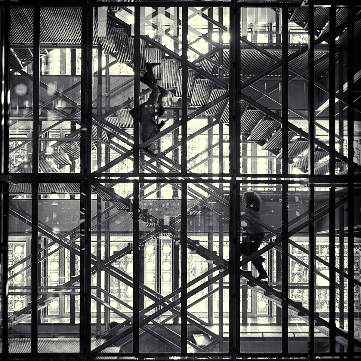 Ascending and Descending, Stairway to Heaven (L'Institut du Monde Arabe, Paris 2011) © Simon Gardiner