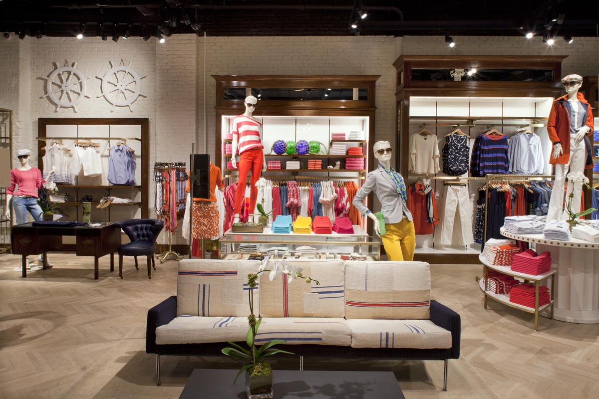 Dec 06,  · At last we have found the Flag store for Tommy Hilfiger - absolutely magnificent and they do carry a larger selection than Macy's or San Juan, PR stores - which are the only two, places that carry Tommy Hilfiger's clothing. TH has the best selection for young men and for women/5(9).