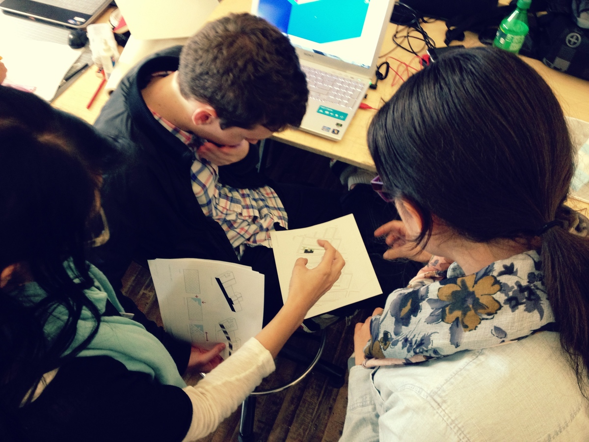 Group chat: Noele DeLeon, Dawn Marie Polak, Pedro Arthur Camara