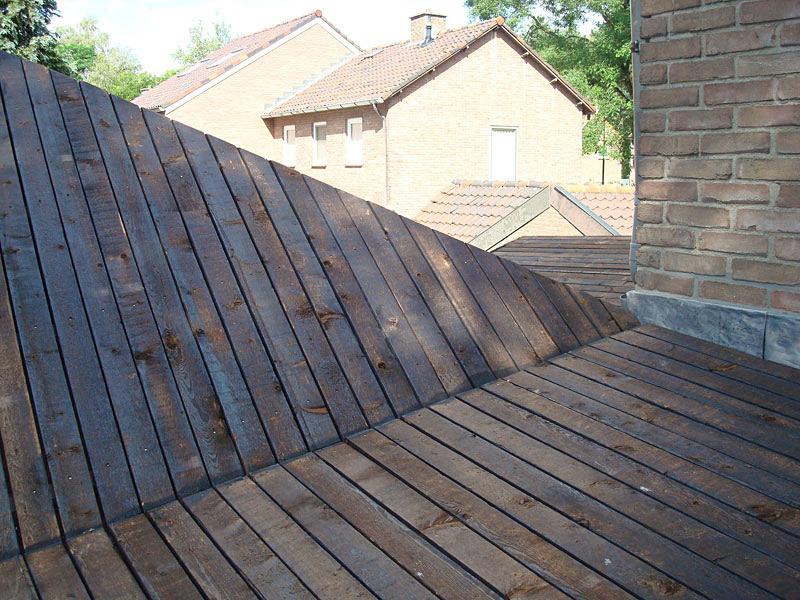 Roof connection detail (Photo: Ossip van Duivenbode)