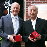 Lord Norman Foster and Hiroshi Sugimoto accept the Isamu Noguchi Award at The Noguchi Museum's Annual Spring Benefit. Photographer: David X Prutting/BFAnyc.com