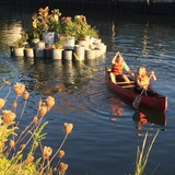 GrowOnUs Floating Landscape in the Gowanus Canal. Image: Balmori.com