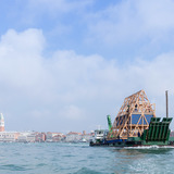 Makoko Floating School II at the Venice Biennale 2016. ©Iwan Baan
