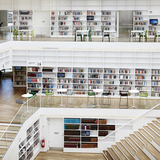 Books and meadia in connected spatial layers_photo Kåre Viemose