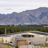 Lake Hawea Courtyard House, by Glamuzina Paterson Architects (Photo: Patrick Reynolds)