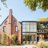 1810 Bissonnet (1927); Addition- 2002, Wittenberg Studio via Rice Design Alliance