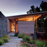 Halls Ridge Knoll Guest House; San Francisco, California by Bohlin Cywinski Jackson (Photo: Nic Lehoux)