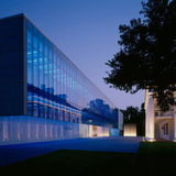 Paul & Lulu Hilliard University Art Museum by Eskew+Dumez+Ripple.