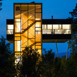 Architecture Merit Award Winner: Tower House in Upstate New York by GLUCK+ (formerly Peter Gluck and Partners Architects; Image Credit: © Paul Warchol)